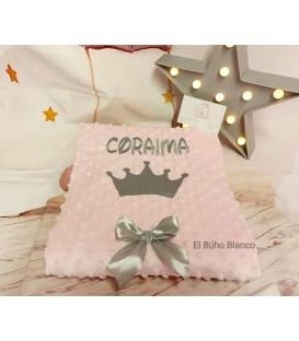 Manta corona bordada